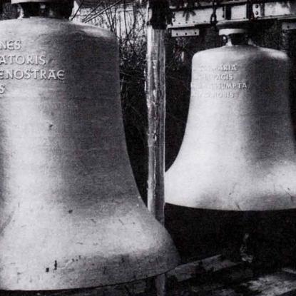 """Große """"Sanctus Johannes"""" und mittlere """"Sancta Maria"""" Glocke"""