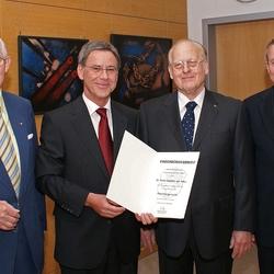 Foto 16.5.2008 vlnr: Ehrenlandrat Dr. Franz Möller, Bürgermeister Wolfgang Röger, Ehrenbürger Dr. Hans Günther van Allen, Landrat Frithjof Kühn Foto Morich