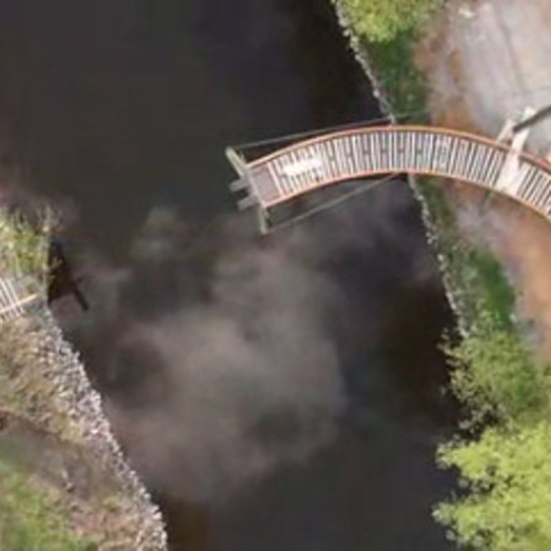 Bau der neuen Brücke an der Naturschule