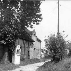 Auf dem Dahl 33, 1945. Das Haus rechts wurde abgerissen.
