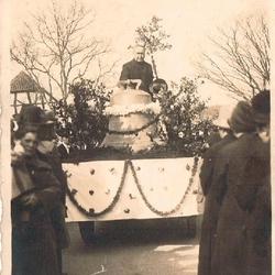 Glockenweihe (Halberg) 1928 mit Pfarrer Bernhard Busch
