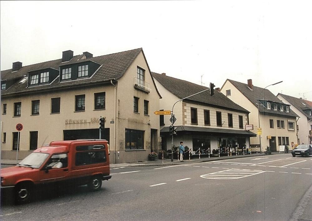 """Schnitzlers Eck"" 1997 Foto Morich"