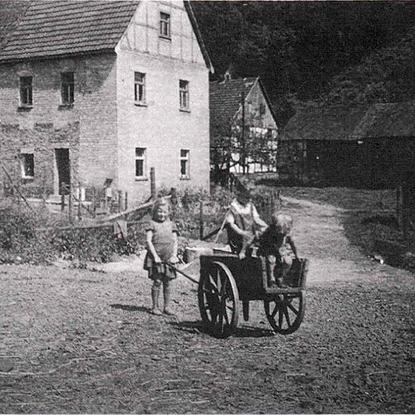 Ehemaliges freiadeliges Gut Honsbach der Familie von Ley vor dem I. Weltkrieg