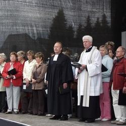 Ökomenischer Gottesdienst auf dem Stadtfest mit Pfarrer Peter Gottke(ev) und Fred Schmitz (kath) und dem Lohmarer Pfarrchor.