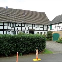 Münchhof 14 - 16, zweitälteste Gebäude in Münchhof, gehörte als Versorgungshof mit zum Münchhof